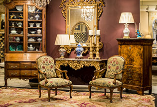 Darby Mitchell Fine Antiques