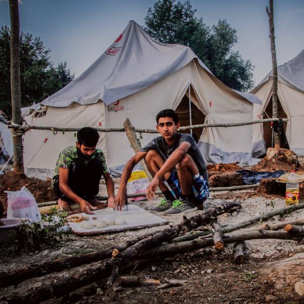 ¿Cómo es vivir en un campo de refugiados de Bosnia?
