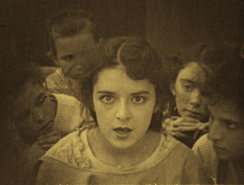 Colleen Moore in Little Orphant Annie