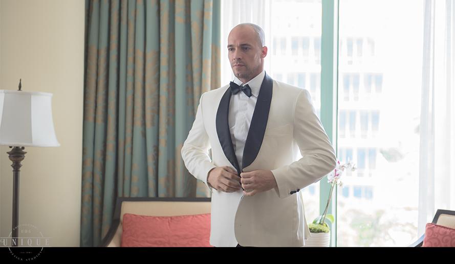 MIAMI WEDDING PHOTOGRAPHY-WEDDING PHOTOGRAPHER-VIZCAYA-BRIDE-GROOM-ENGAGED-14