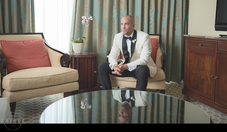 MIAMI WEDDING PHOTOGRAPHY-WEDDING PHOTOGRAPHER-VIZCAYA-BRIDE-GROOM-ENGAGED-16