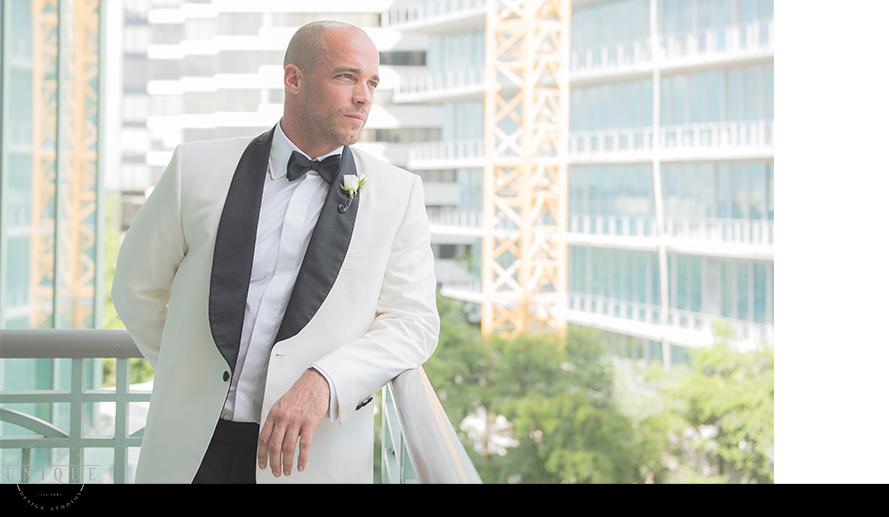 MIAMI WEDDING PHOTOGRAPHY-WEDDING PHOTOGRAPHER-VIZCAYA-BRIDE-GROOM-ENGAGED-18