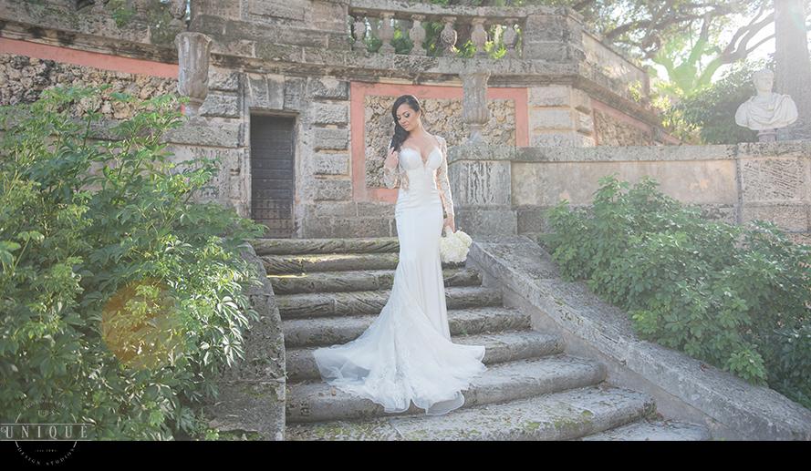 MIAMI WEDDING PHOTOGRAPHY-WEDDING PHOTOGRAPHER-VIZCAYA-BRIDE-GROOM-ENGAGED-26