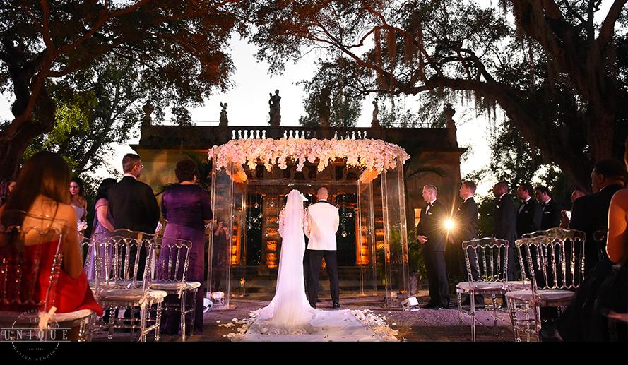 MIAMI WEDDING PHOTOGRAPHY-WEDDING PHOTOGRAPHER-VIZCAYA-BRIDE-GROOM-ENGAGED-48