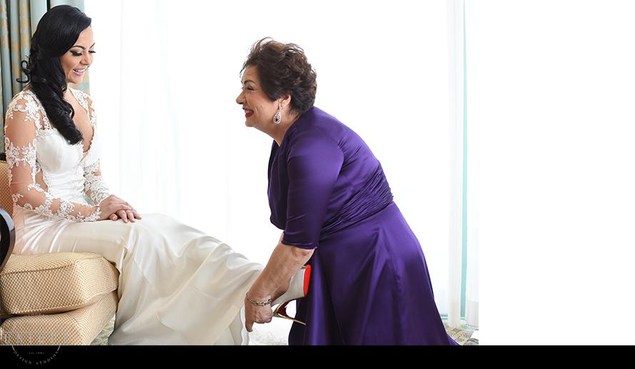 MIAMI WEDDING PHOTOGRAPHY-WEDDING PHOTOGRAPHER-VIZCAYA-BRIDE-GROOM-ENGAGED-7