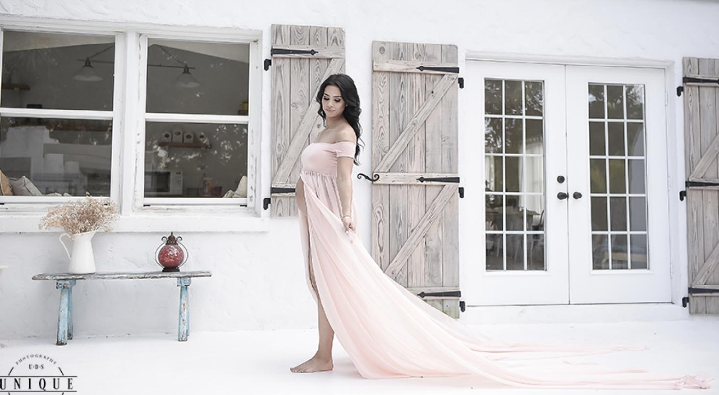 Maternity Photography | Miami Maternity Photographer | Milk Bath