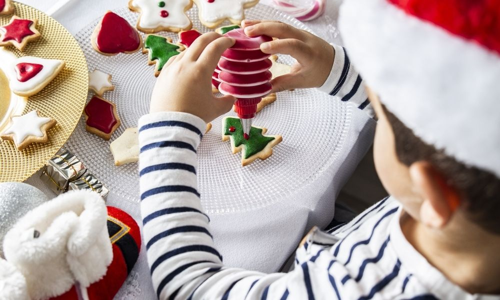 Simple Ways To Relieve Your Kids' Holiday Stress