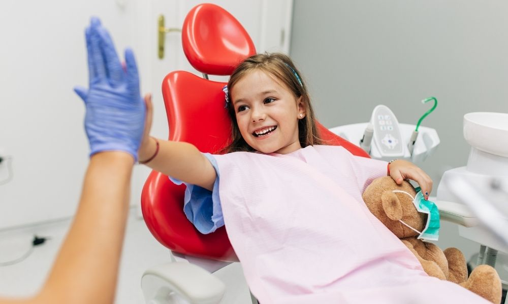 How To Help a Child With Autism Through a Dentist Visit