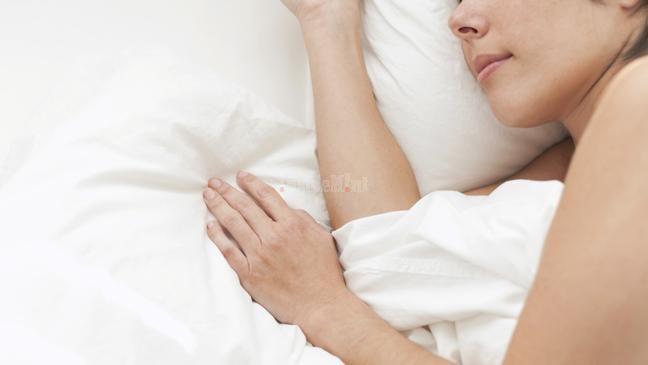health benefits of sleeping left side