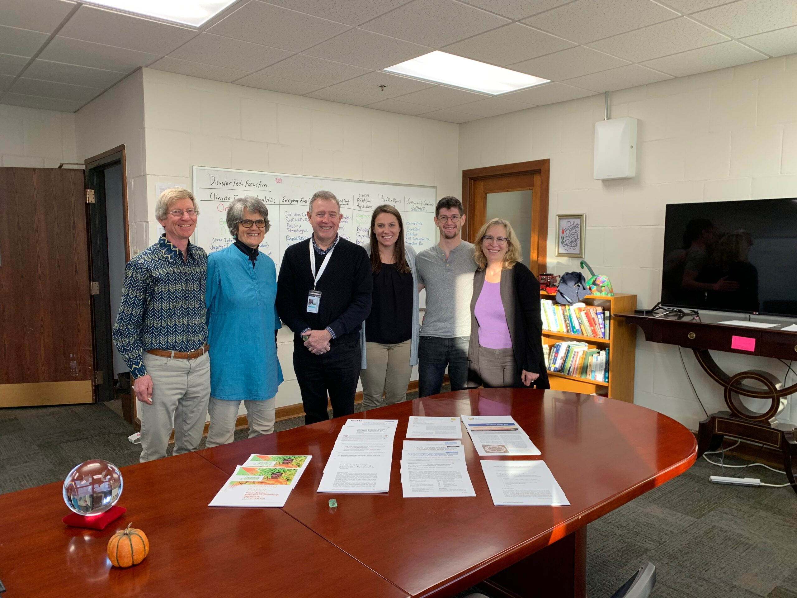 Fred and Eva visit Jahn Research Group, Molly Jahn
