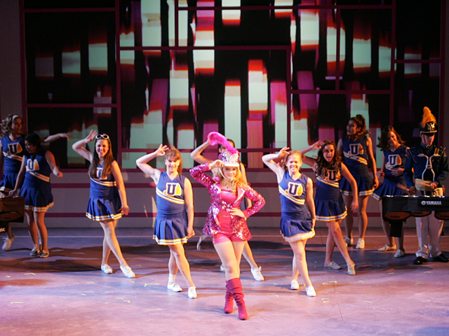 PV High's 'Legally Blonde' is seriously fun