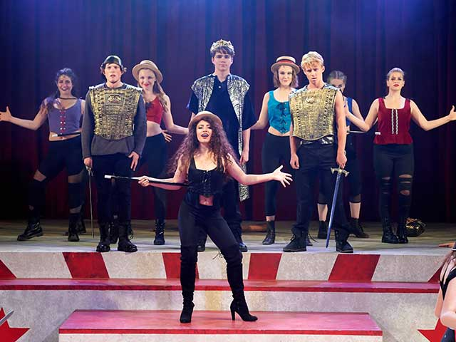 Pippin – Sold Out House