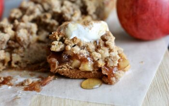 Paleo Apple Pie Cobbler