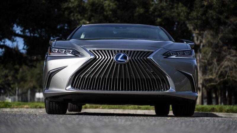 2020 Lexus ES 300h – Prueba de Manejo