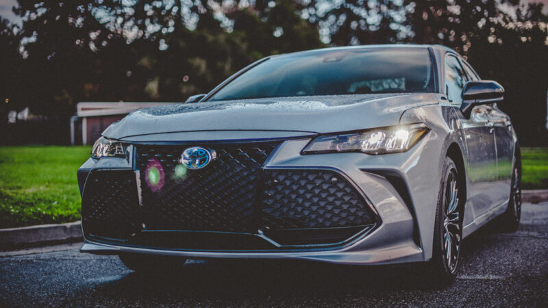 2020 Toyota Avalon XSE Hybrid