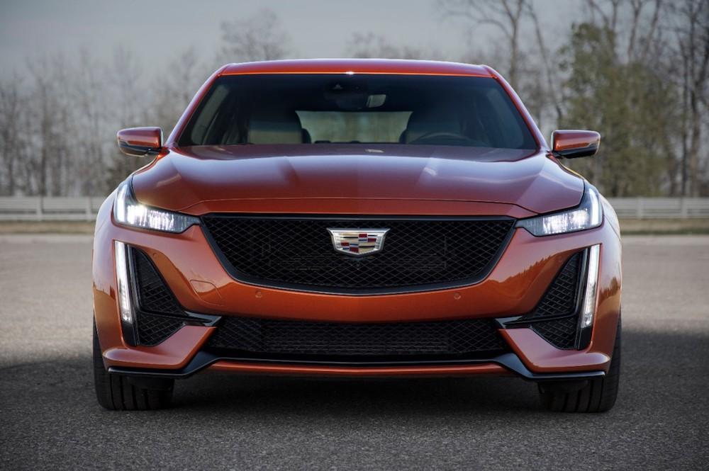 Cadillac CT5 V del 2020 – Más prestaciones, más lujo.