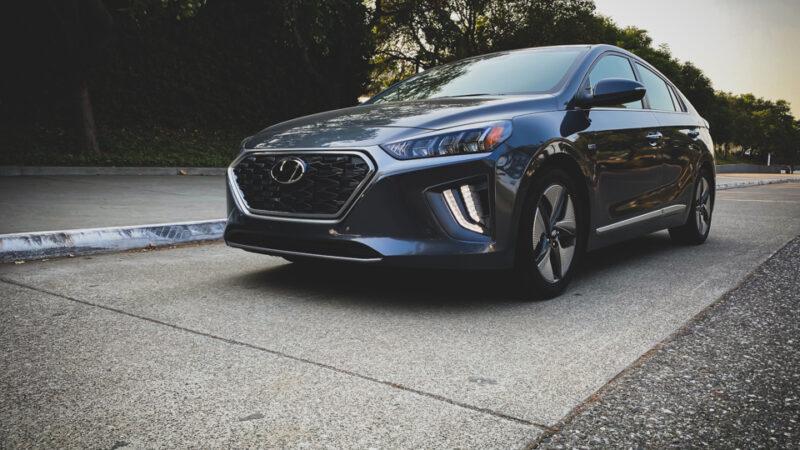 2020 Hyundai Ioniq HEV Limited