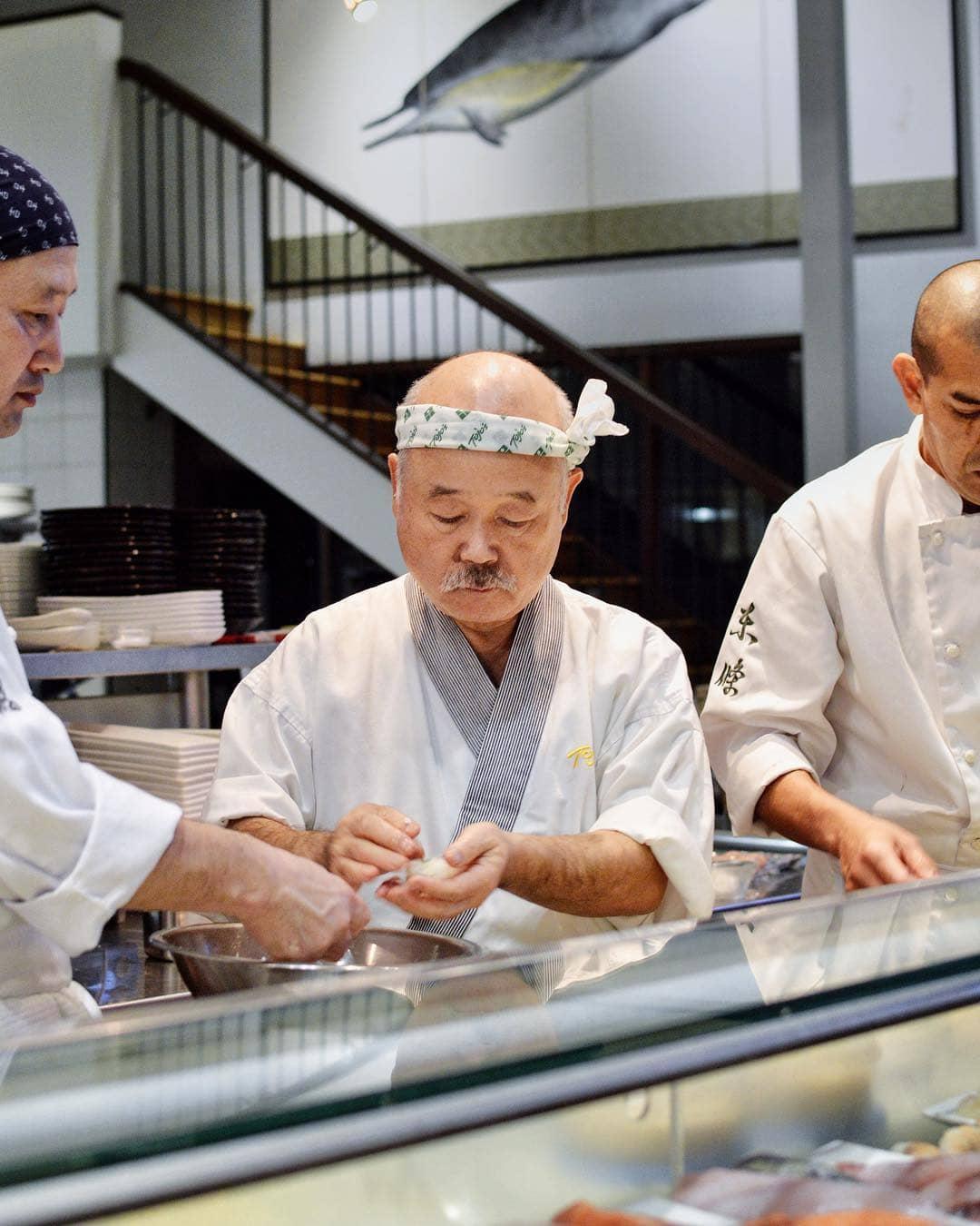 Sushi Chef tojo making sushi