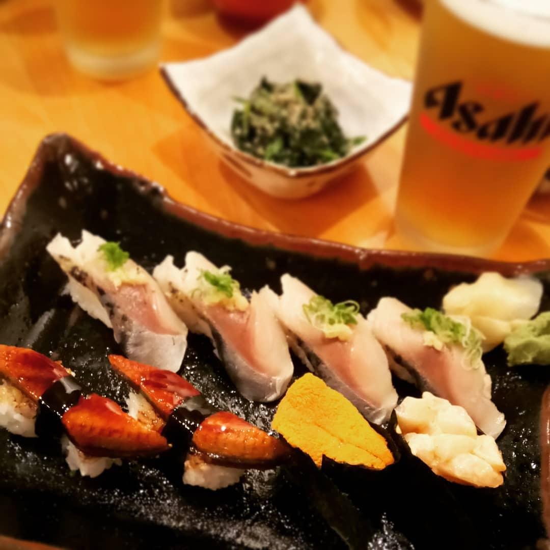 sushi nigiri platter