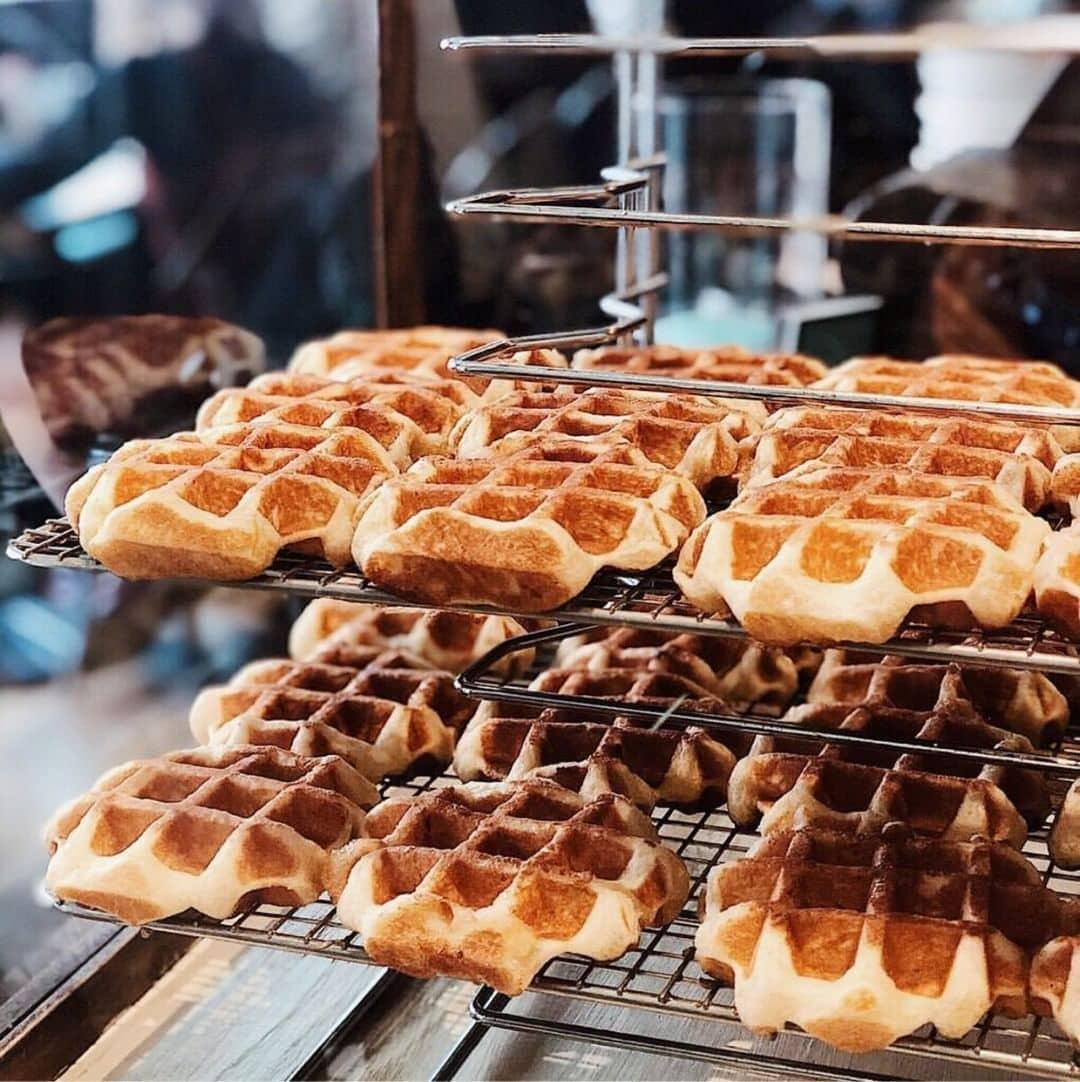 Noms Mag Vancouver Food Bucketlist cafe medina waffles