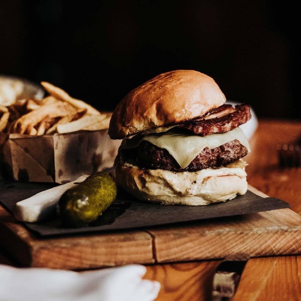 Pourhouse burger