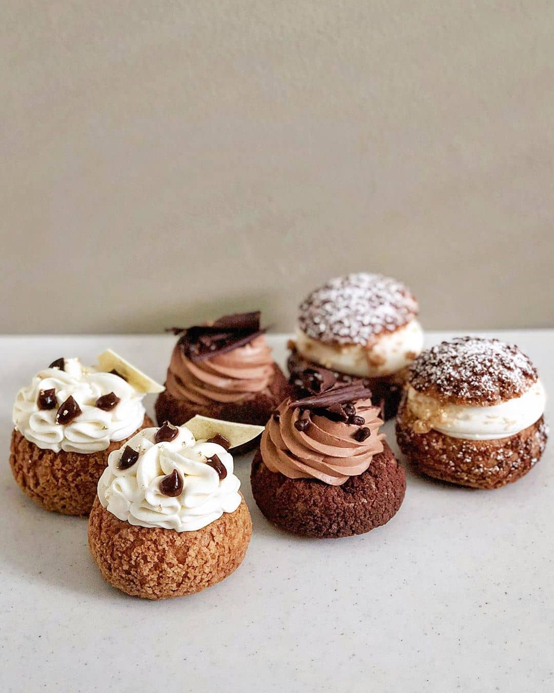 creampuffs from beta5 chocolates different flavours