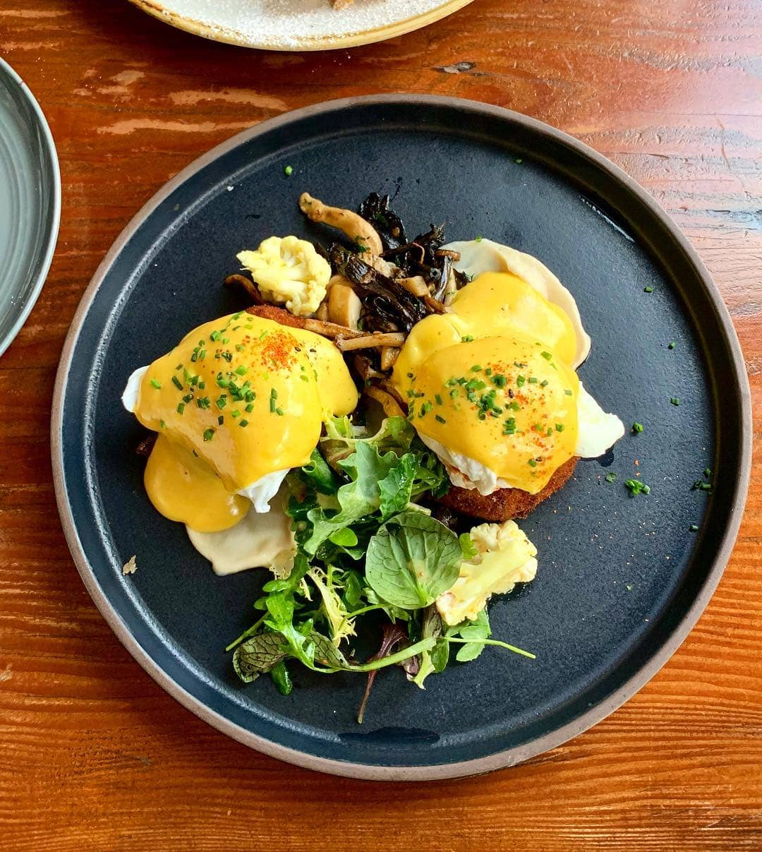 egg benedicts cauliflower n cheese croquette benny
