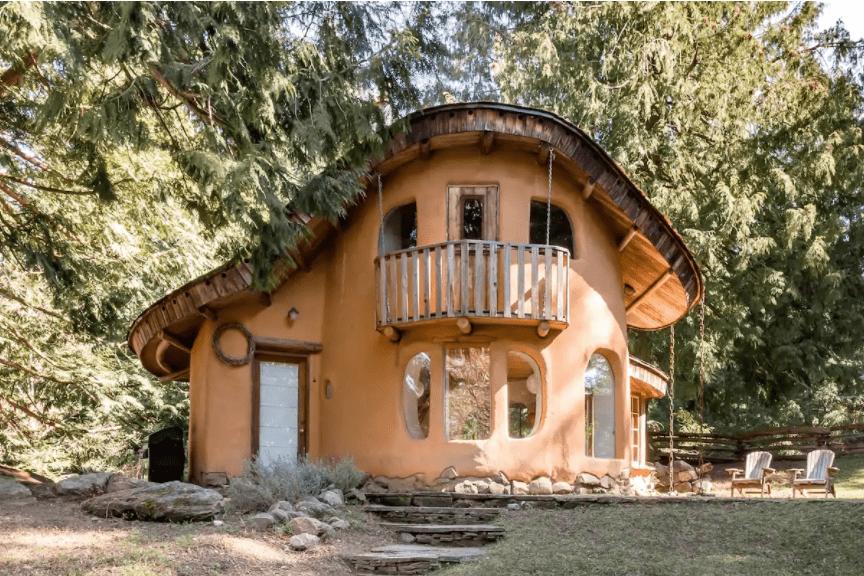 Best airbnb in B.C. cob cottage