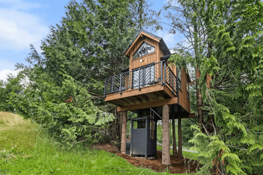 Best airbnb in B.C. private designer treehouse