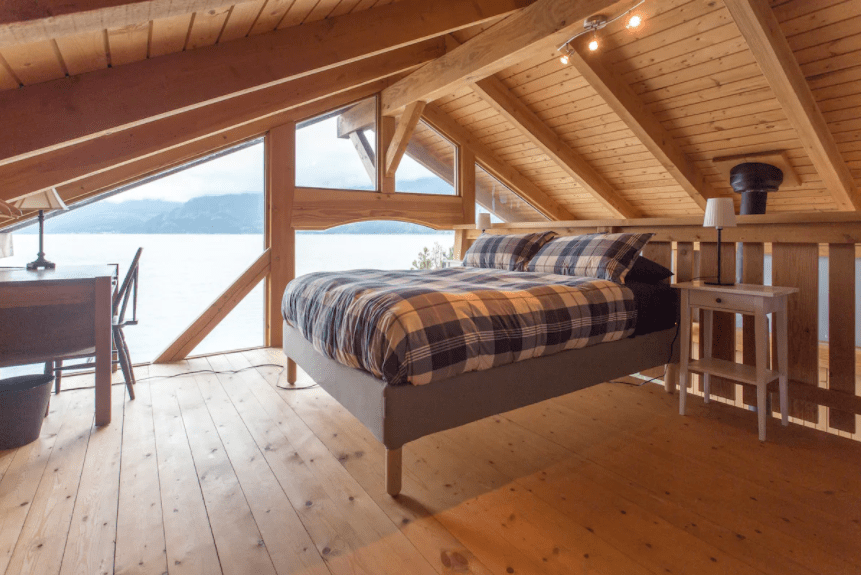 Best airbnb in B.C. waterfront cabin