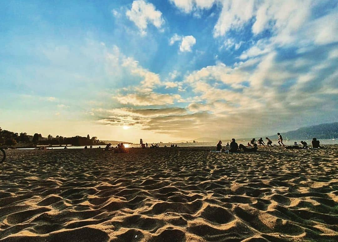 things to do when vacationing in vancouver kitsilano beach