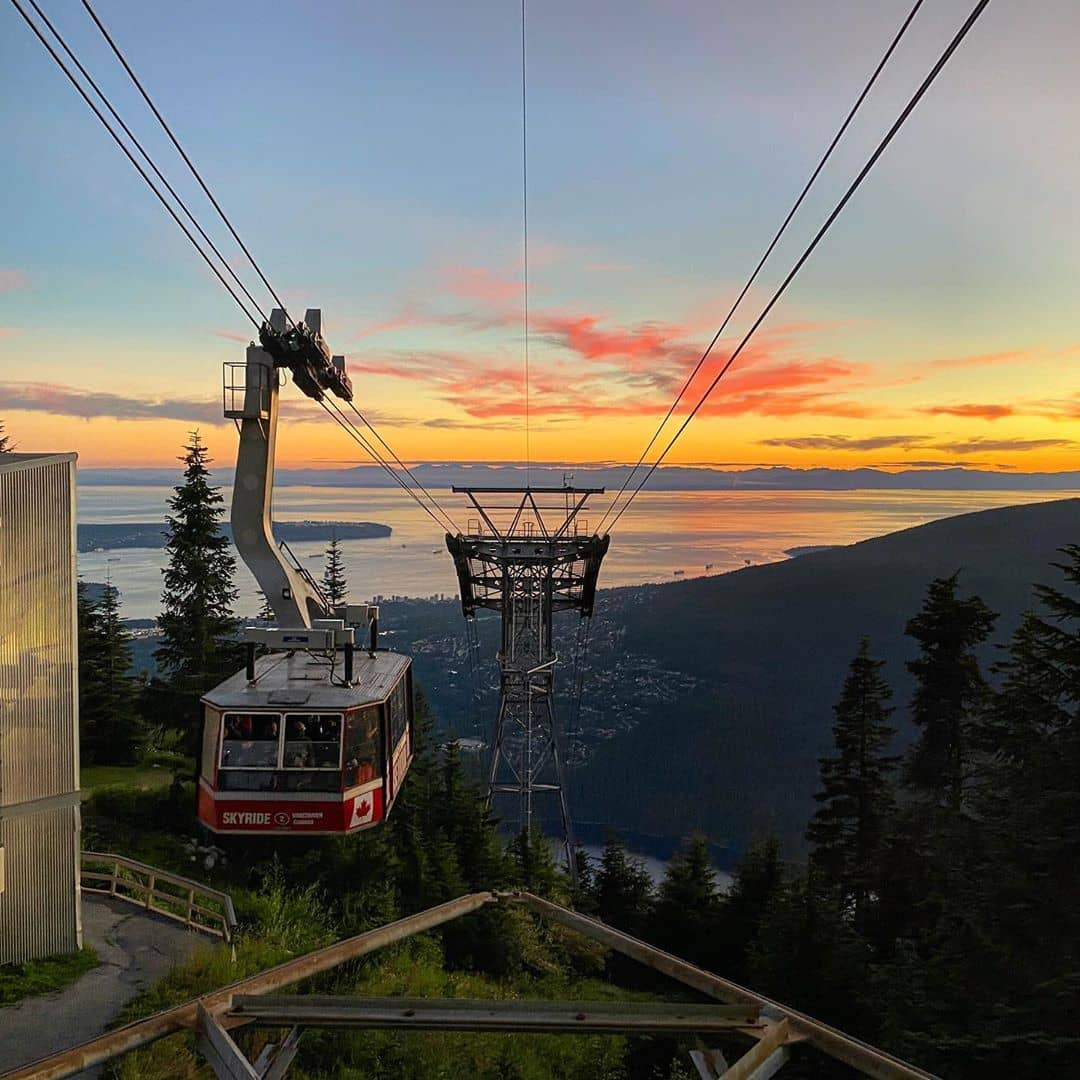 Grouse Mountain Guide gondola