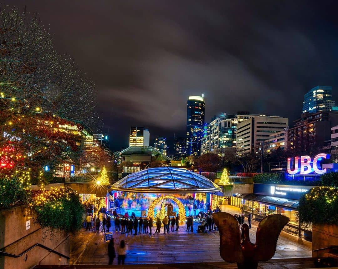 best activities in vancouver during winter robson ice rink