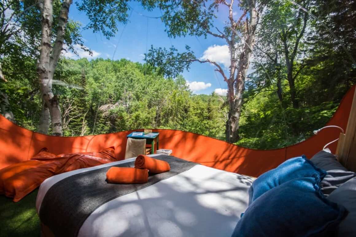 coolest airbnb canada bulles superieures