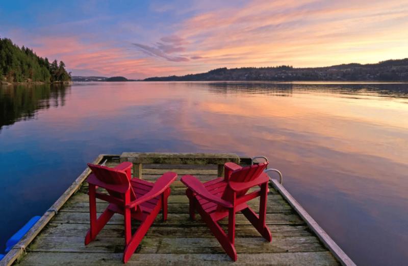 Best Airbnbs In Sunshine Coast & Sechelt - Oceanside Hot Tub + Sunsets = Bliss