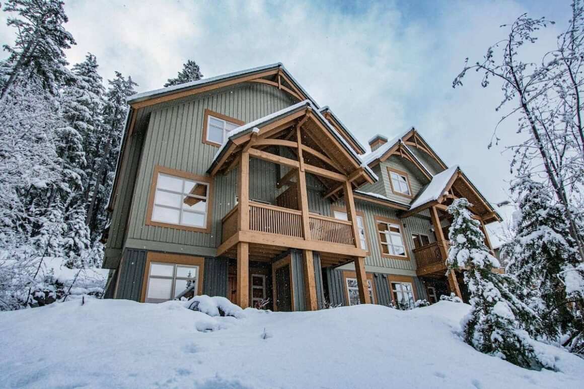 Best airbnb in whistler Mountain 16