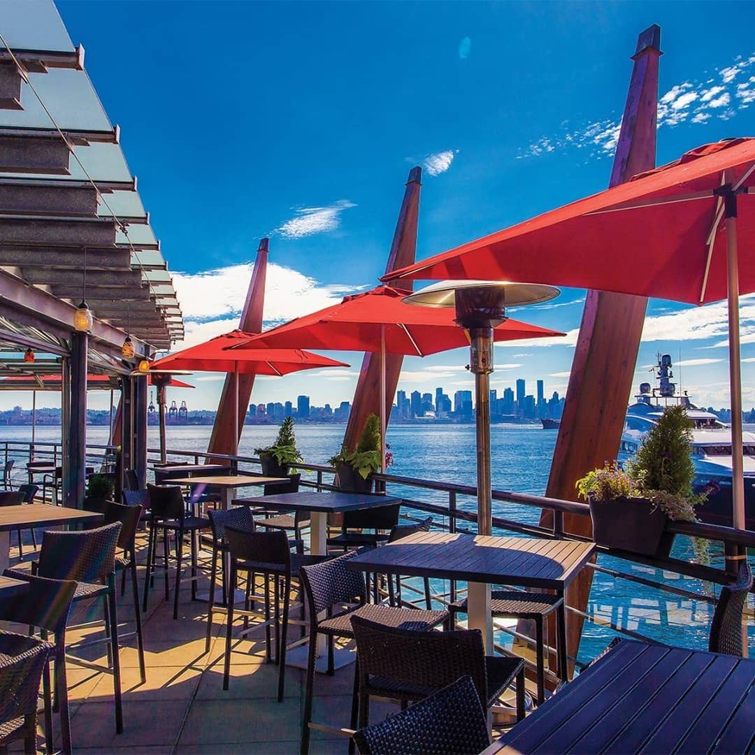 lonsdale quay travel guide -pier7 restaurant patio view