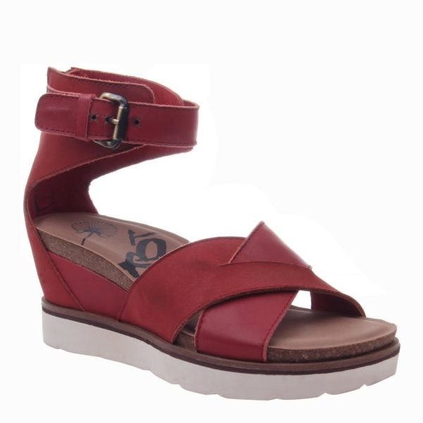 OTBT Teamwork Wedge Sandal Apple