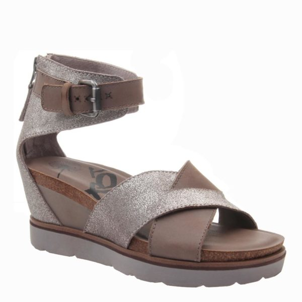 OTBT Teamwork Wedge Sandal Silver