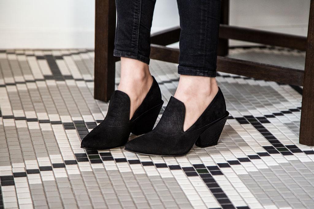 Sagitta Naked Feet Black