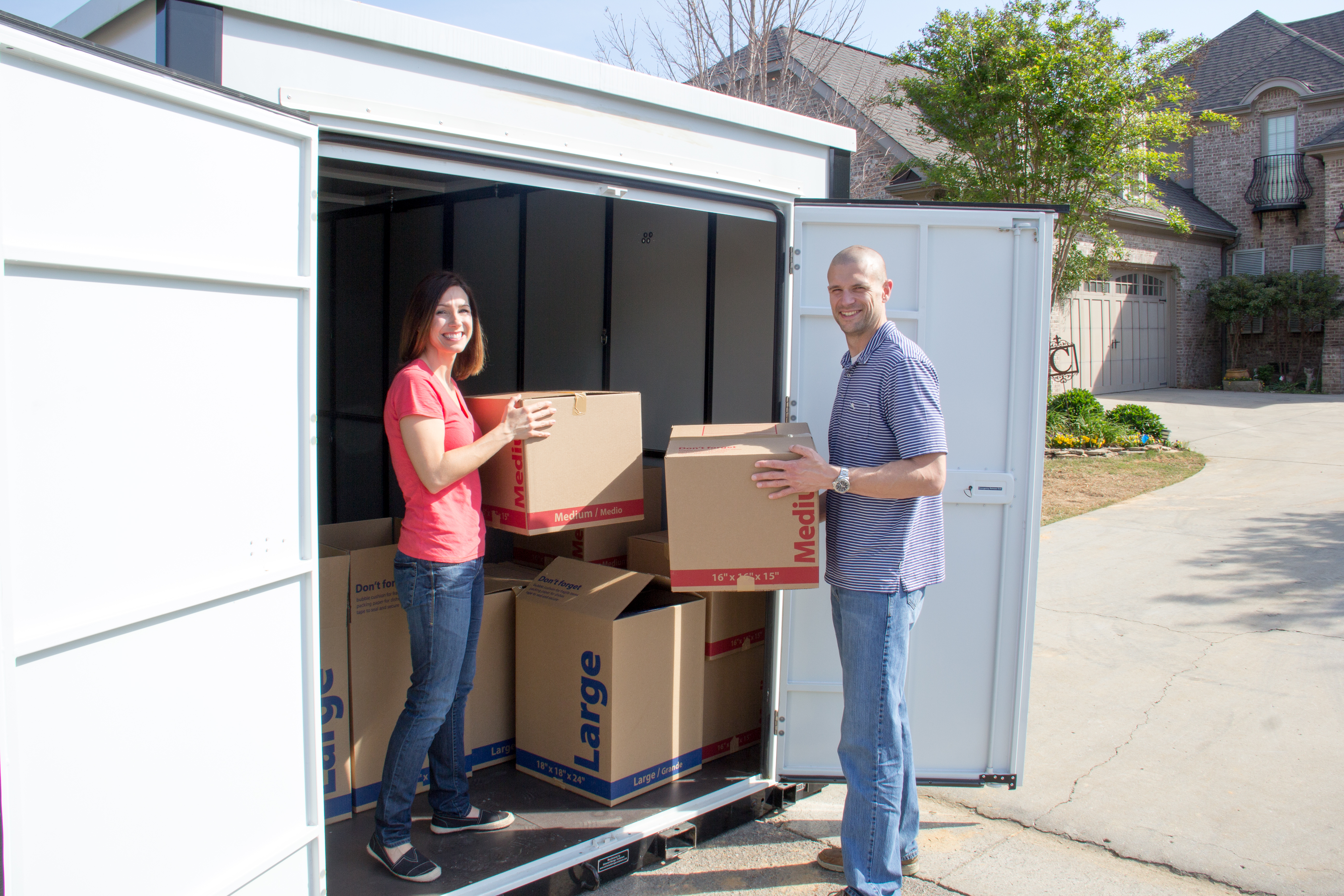 6 Pro Packing Tips for Portable Storage Containers