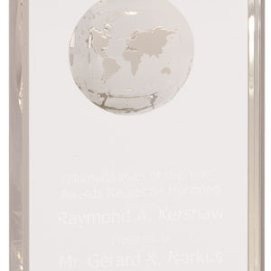 SMALL CRYSTAL RECTANGLE W/ETCHED GLOBE