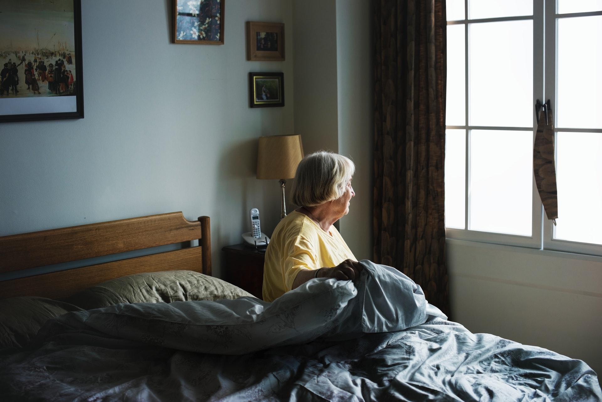 bed-bedroom-elderly