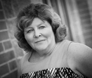 Donna Aravena – Owner