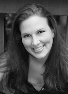 Nikki Sanders Siriani – Studio Manager