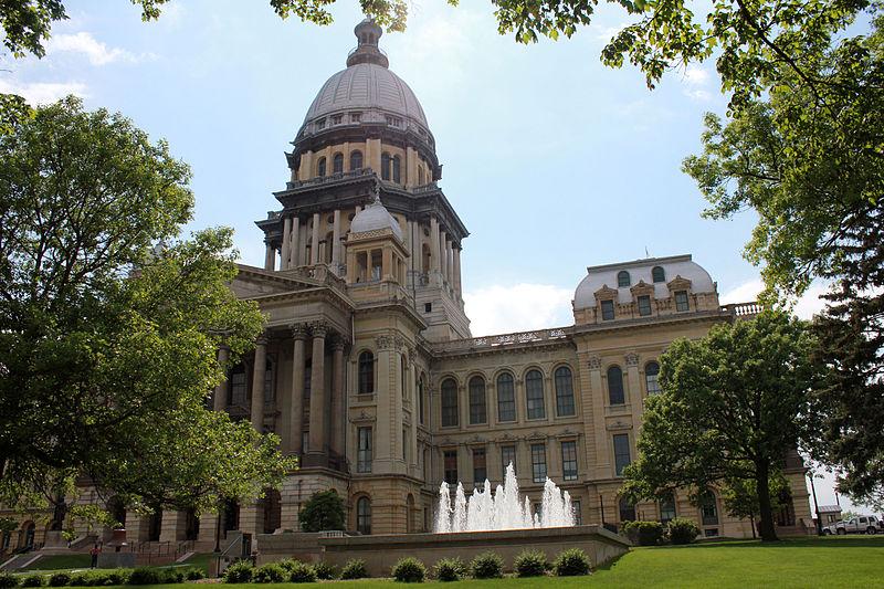 Illinois Springfield Capitol and Sky. Photo by: Yinan Chen / Wikimedia Commons