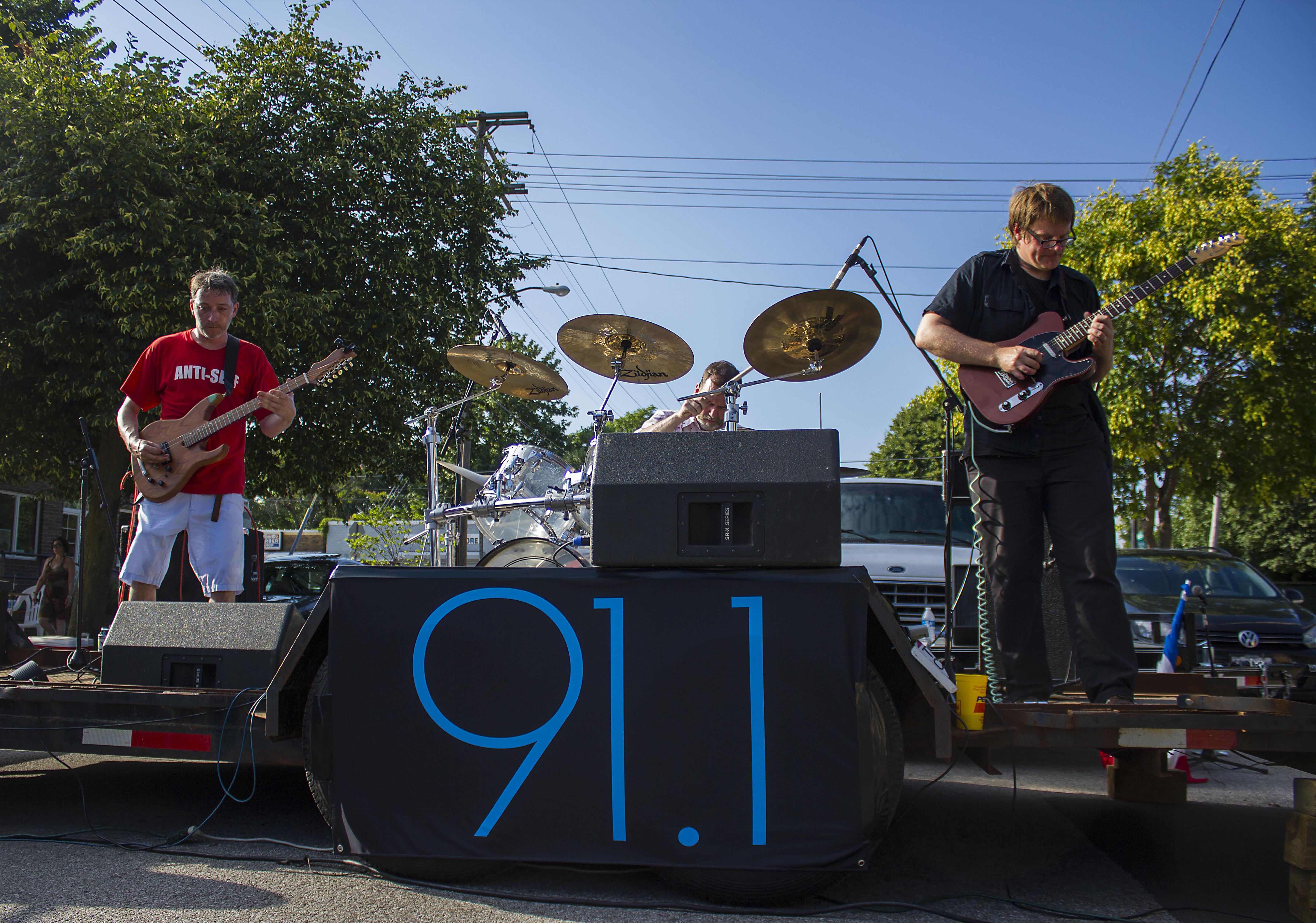 Yowie at WDBX Summer Street Fest 2015. Photo by: Matthew McGuire
