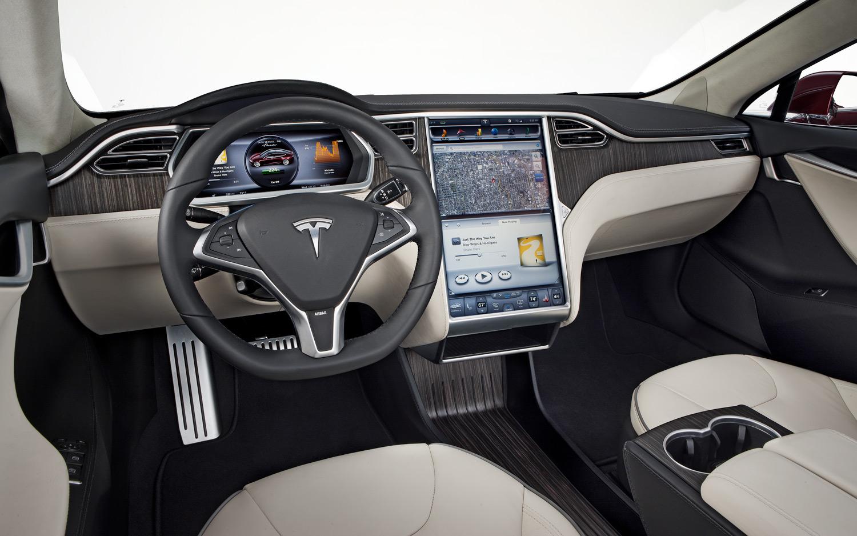 2012 Tesla-Model S interior