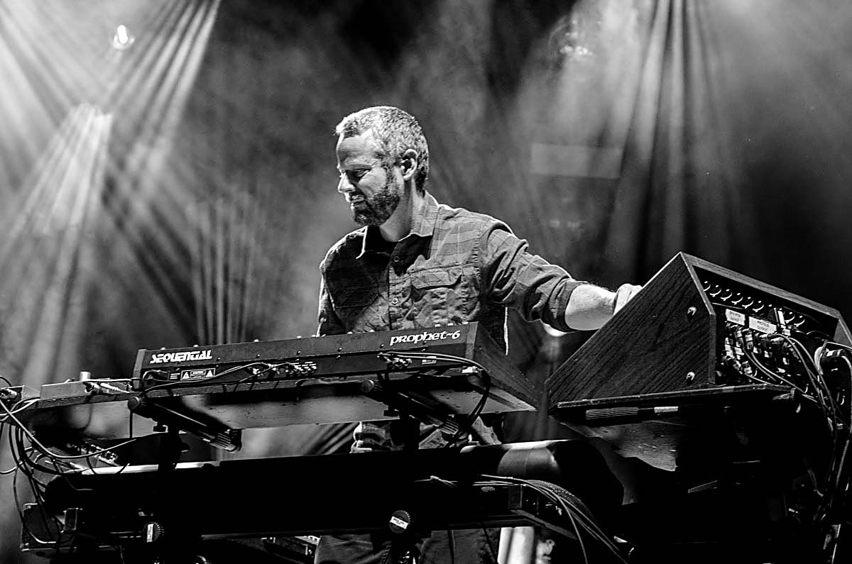 STS9 at Stage AE on 10/30/15. Photo by Nicholas Hess.