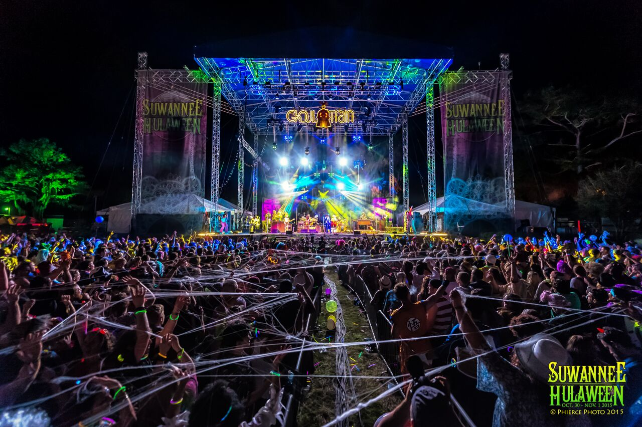 Suwannee Hulaween. Photo by: Keith Grinner
